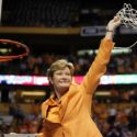 Pat Summitt | Tennessee Lady Volunteers 5 Out Motion Offense
